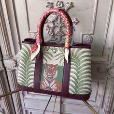 Hermes Leather Garden Party Small Bag by Bella Vita Moda Personalization For sale at  http://www.bellavitamoda.com #hermes #hermesbirkin #hermeskelly #hermesbag #hermesbuyer #baglover #bagaddict #onlineshopping #fashionistas