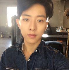 "CNBLUE Lee Jung Shin, Warns Fans Against The Flu Season ""Take Care"" http://www.kpopstarz.com/articles/124524/20141016/cnblue-lee-jung-shin-warns-fans-against-the-flu-season-take-care.htm"