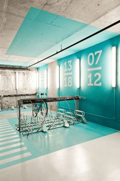 Architecture + graphics: Bicycle Parking Station Environmental Graphics, very cool design! Gym Interior, Interior Architecture, Interior Design, Interior Ideas, Interior Inspiration, Environmental Graphic Design, Environmental Graphics, Wayfinding Signage, Signage Design