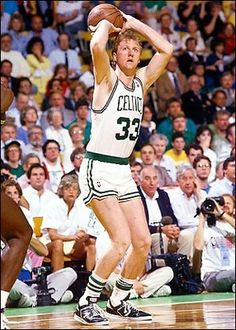Larry Bird averaged a career-high points in becoming the first NBA player to shoot better than 50 percent from the field and 90 percent from the foul line for consecutive seasons. Nba Basketball, Basketball Legends, Love And Basketball, Basketball History, Larry Bird, Coach Carter, Nba Stars, Sports Stars, Small Forward
