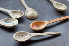 jeanette zeis ceramics: Handmade ceramic spoons. A little tutorial.