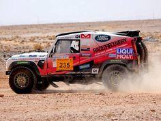 Desert Race Land Rover