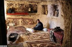 IRAN Meymand is a village of troglodytes cave dwellers , located in the south-eastern Iranian province of Kerman. Wattle And Daub, Golden Days, Lost City, World Heritage Sites, Luxury Travel, The Rock, Art Photography, Survival, Culture