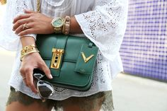 outfit-details-valentino-bag-green-michaelkors-watch-bracelets-lace-shorts