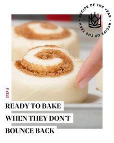 Bakery Recipes, Cookie Recipes, Dessert Recipes, Icing Ingredients, Cupcakes, Plastic Wrap, Bread Rolls, Cinnamon Rolls, Just Desserts