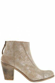 Wardrobe Details: Hoss Intropia shoes