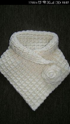 Discover thousands of images about Wafelsteek uitgelegd: Hoe maak je een proeflapje? Ribbed Crochet, Crochet Poncho, Crochet Scarves, Crochet Clothes, Crochet Stitches, Crochet Baby, Loom Knitting, Baby Knitting, Knitting Patterns