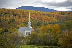 Congregational Churches are so New England. In Great Britain, the early congregationalists were called separatists or independents to distinguish them from the similarly Calvinistic Presbyterians.   Congregational churches were widely established in the Plymouth Colony and the Massachusetts Bay Colony, later New England.