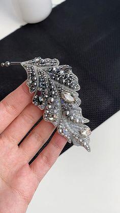 Feather Jewelry, Pearl Jewelry, Bridal Jewelry, Beaded Jewelry, Jewelery, Bead Embroidery Jewelry, Fabric Jewelry, Beaded Embroidery, Brooches Handmade