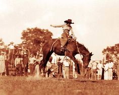 OLD WEST COWGIRL RODEO LEGEND STAR ALICE GREENOUGH PHOTO RIDING BRONCO  #21051