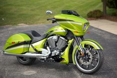 New 2015 Victory Magnum Plasma Lime with Silver Cedarburg 1 Victory Motorcycles, Motorcycles For Sale, Victory Cross Country, Honda Bobber, Motorcycle Paint, Bike Life, Paint Ideas, Chopper, Victorious
