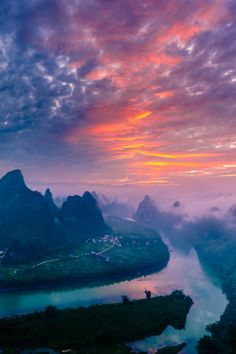 """peaceflavor: """" Only to be seen in Paradise © LI FENG """""""