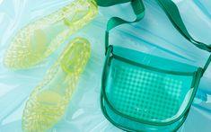 """""""晴れのち雨""""もおまかせ! 全天候OKのレインシューズ&バッグ Outdoor Decor, Articles, Bags, Color, Handbags, Colour, Bag, Totes, Hand Bags"""
