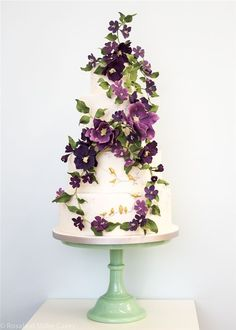 Rosalind Miller Sugar Flower Wedding Cake 1