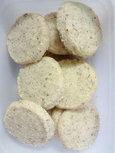 Chez Nous | ci piace cucinare: Biscotti salati alle erbe e formaggio