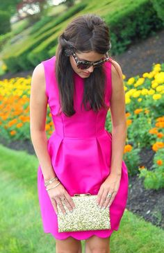 Classy girls wear pearls. Dress: J. Crew (?) Clutch: Kate Spade (?)
