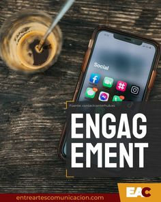 Las RRSS se han convertido en la forma preferida de hacer preguntas, transmitir información y recibir comentarios ++++++ ++++++ #EntreArtes #EntreArtesComunicación #Comunicación #Producción #Gestión #SocialMedia #Engagement #ComunicaciónDigital #Branding #MarcaPersonal #ComunicaciónTaurina #GabineteDePrensa #MediosDeComunicación #Blogenart Marca Personal, Branding, Smart Watch, Socialism, Shape, Means Of Communication, Social Networks, Brand Management, Smartwatch