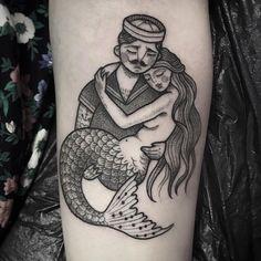 """643 Likes, 9 Comments - Sereiando (@ssereiando) on Instagram: """"✨ {Imagem não autoral} #mermaid #mermaidtattoo #tattoo #tatuagem #b&w #blackandwhite #sereia…"""""""