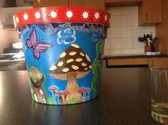 Painted pot: mushrooms