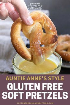 Going to the mall to get a buttery, warm Auntie Anne's soft pretzel is a tradition for many families. Now you can make homemade, gluten free soft pretzels in your kitchen the easy way! Use my video re Patisserie Sans Gluten, Dessert Sans Gluten, Gluten Free Sweets, Gluten Free Cooking, Dairy Free Recipes, Gluten Free Appetizers, Wheat Free Recipes, Gf Recipes, Gluten Free Lunches