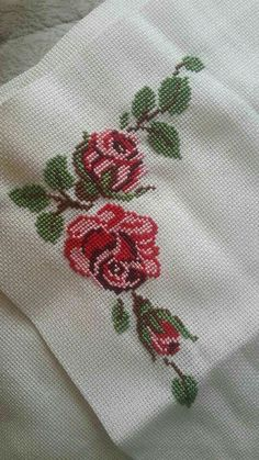 The most beautiful cross-stitch pattern - Knitting, Crochet Love Cross Stitch Beginner, Xmas Cross Stitch, Cross Stitch Letters, Just Cross Stitch, Cross Stitch Borders, Cross Stitch Samplers, Modern Cross Stitch, Cross Stitch Flowers, Cross Stitch Designs