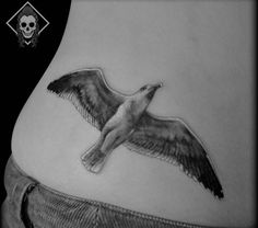 17 seagull tattoos and the meanings Leben Lana Del Rey Tattoos, Seagull Tattoo, Jonathan Livingston Seagull, Chef Tattoo, Freedom Tattoos, Ocean Tattoos, Animal Tattoos, Tattoos With Meaning, Body Mods