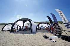 X-Gloo Zelt aufblassbar 4x4 m - schwarz/schwarz