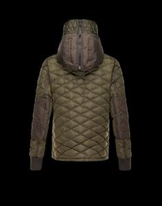 83837091107cf Jacket in silky nylon with a light, bright appearance. Diagonal stitching.  Rib knit