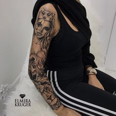 Este posibil ca imaginea să conţină: 1 persoană Girl Arm Tattoos, Girls With Sleeve Tattoos, Dope Tattoos, Best Sleeve Tattoos, Dream Tattoos, Tattoo Sleeve Designs, Tatoos, Feminine Tattoo Sleeves, Feminine Tattoos
