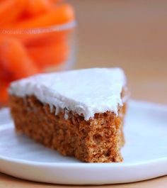 Super Moist Classic Carrot Cake - With a secretly healthy cream cheese icing. This is hands-down my favorite carrot cake recipe, & it's even good for breakfast! Healthy Carrot Cakes, Healthy Desserts, Healthy Recipes, Carrot Recipes, Healthy Food, Healthy Cream Cheese, Cake Recipes, Dessert Recipes, Dinner Recipes