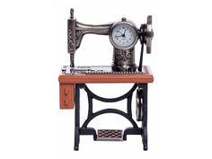 ChicMic Miniaturuhr, Miniatur Uhr - Nähmaschine- Vintage Uhr - Sammleruhr - Tischuhr 7cm breit