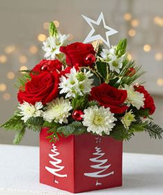 Fellas, Merry Christmas and Happy Holidays to all! Lovely flower arrangement, isn't it? Christmas Flower Decorations, Christmas Flower Arrangements, Christmas Flowers, Beautiful Flower Arrangements, Christmas Centerpieces, Floral Arrangements, Christmas Holidays, Christmas Wreaths, Christmas Crafts