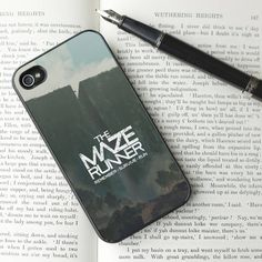 I need this phone case so bad ❤️❤️.