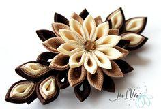 Flores de tela Kanzashi french barrette. Tonos de marrón.