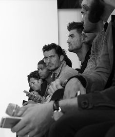 @davidgandy_official watches the @oliverspencer show tonight at #LFW See my full…