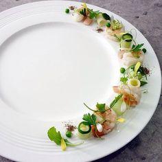 Andaman White prawns, recipe and plating by chef Wuttisak on IG Food Plating Techniques, Michelin Star Food, Modern Food, Food Garnishes, Food Decoration, Molecular Gastronomy, Food Presentation, Creative Food, Food Design