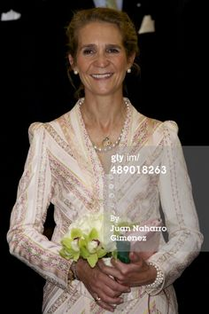 Princess Elena of Spain visits la Real Maestranza de Caballeria on May 2014 in Zaragoza, Spain. Spanish Woman, Royal Queen, Queen Victoria, Her Style, Spain, Aria, Royal Weddings, Pictures, Royals