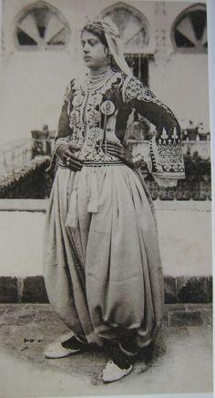 traditional algerian jewelry  #algeriantraditionaldresses Algeria-Algérie