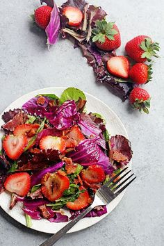 Jun 2019 - Hot Strawberry Spinach Salad with Bacon: A beautiful and perfectly seasonal spring recipe from the new Pure Delicious cookbook by Heather Christo. Healthy Salad Recipes, Veggie Recipes, Cooking Recipes, Pork Recipes, Appetizer Recipes, Yummy Recipes, Dinner Recipes, Appetizers, Savoury Dishes