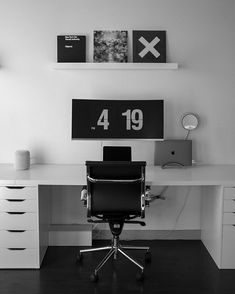 Simple setup for the day − ___ Home Office Setup, Office Desk, Computer Setup, Desk Setup, Minimal Desk, Office 2020, Corner Desk, Home Studio, Home Office Design