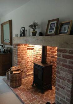 New wood burning fireplace hearth log burner Ideas – Wood stove – fireplace Wood Stove Hearth, Wood Burner Fireplace, Brick Hearth, Inglenook Fireplace, Fireplace Hearth, Fireplace Design, Fireplace Ideas, Brick Fireplaces, Mantle Ideas