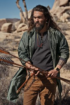 6 Movies To Appreciate The Wonder That Is Jason Momoa. The filmogrphy of Jason Momoa. With very strong and unique looks and a bubbly personality, Jason Momoa has become one of those actors you just can't help but love. Lisa Bonet, Mode Masculine, Jason Momoa Aquaman, Aquaman Actor, Jesse Metcalfe, Taylor Kitsch, Avan Jogia, Khal Drogo, Joe Manganiello