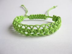 Instant Download PATTERN Green Lacy Macrame Bracelet Pattern  and Tutorial  - Macrame Bracelet pdf & Adjustable Clasp Tutorial $4.50