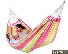 hamace pentru oricine Double Hammock, Hammock Swing, Hammocks, Contemporary Furniture, Beach Mat, Outdoor Blanket, House Styles, Outdoor Decor, Pink