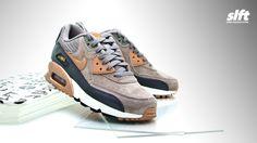 Der Air Max 90 Leather von Nike für die Damen ab sofort inStore und onLine auf www.soulfoot.de erhältlich!  Sizerun EU 36,5 - 41  €144,95  #nike #airmax #am90 #leather #sneaker #soulfoot #slft
