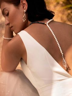 Honour the Meaning but Change the Methods: How Brides are Bringing a Modern Twist to their Wedding Jewellery Bridal Wardrobe, Pearl Bar, South Sea Pearls, Jewelry Branding, Star Shape, On Your Wedding Day, Pearl Jewelry, Unique Fashion, Pearl White