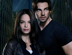 Get Your 1st Look At Kristin Kreuk In CW's 'Beauty And The Beast'