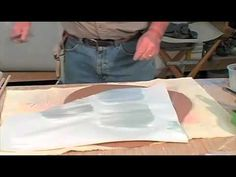 Ceramic Arts Daily – Video of the Week: Decorating Pottery with Colored Slips