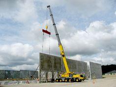 Manitowoc Cranes, Grove Crane, Heavy Equipment, Cn Tower, Construction, Big, Building, Crawler Crane, Buildings
