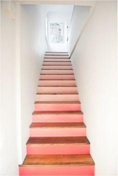 Miser sur les dégradés de couleur pour repeindre un escalier
